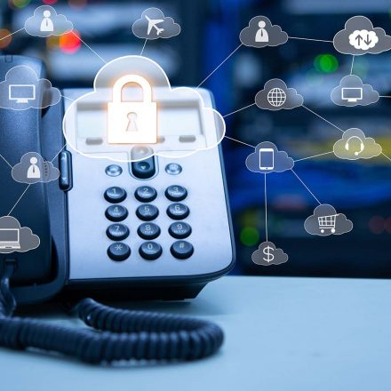 Which are the benefits of Moving to a VoIP Telephone System?