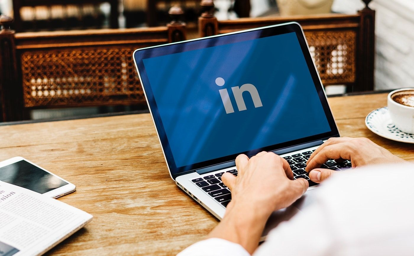 A Guide to Using LinkedIn as a recruiting Tool